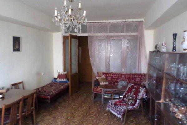 Երևան, Զավարյան փող․ 2