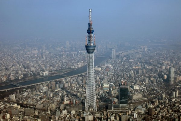 Tokyo Sky Tree Set for Completion in 2012