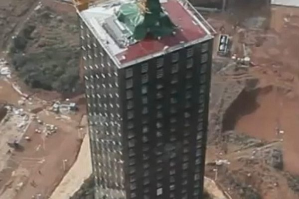 China Erects 30-Story Skyscraper In 15 Days