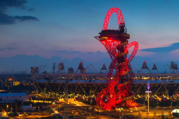 ArcelorMittal Orbit Tower Now Complete in London