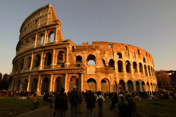 First Pisa Tower, Now Rome's Coliseum