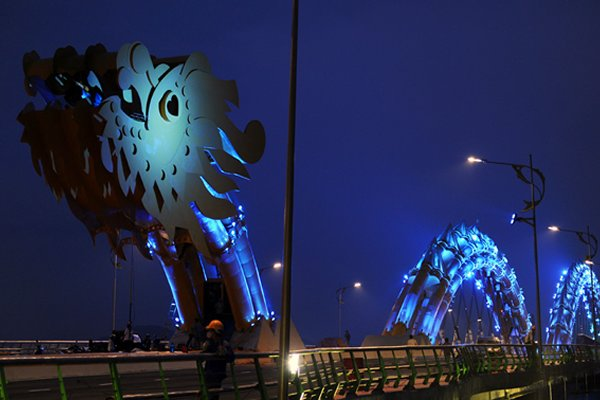 Vietnam Constructs World's Largest Dragon-Shaped Bridge - And It Breathes Fire