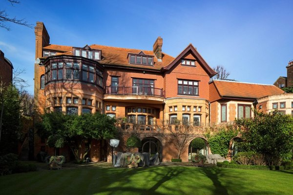 One of London's Best Mansions has US$ 82 Million Price Tag
