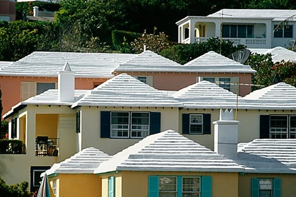 White Roofs Are Three Times More Effective Than Green Roofs