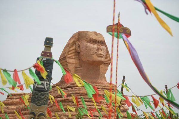 Egypt Outraged Over China's Fake Sphinx!