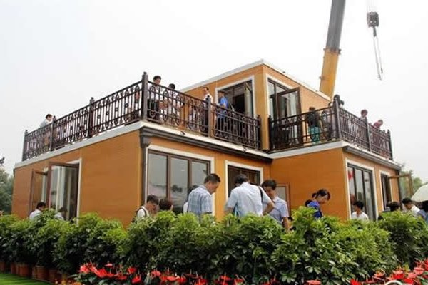 Chinese Company Builds 3D-Printed Villa In 3 Hours