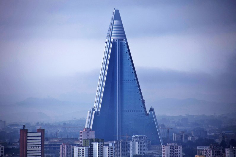 Worlds Tallest Unoccupied Building Renovates