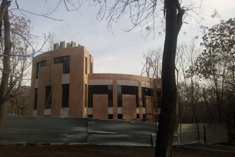 Hrant Matevosyan's Cultural Center and Museum is Under Construction in Yerevan