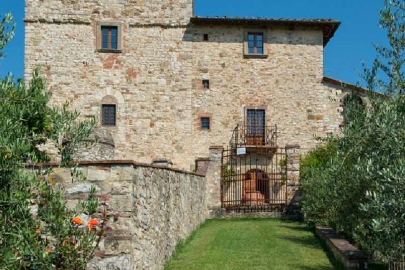 Michelangelo's Former Tuscan Villa Is On Market For US$ 9.3 Million