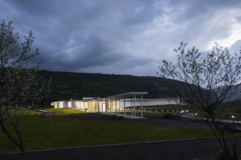 The COAF Smart Center – Architecture Integrated to Nature