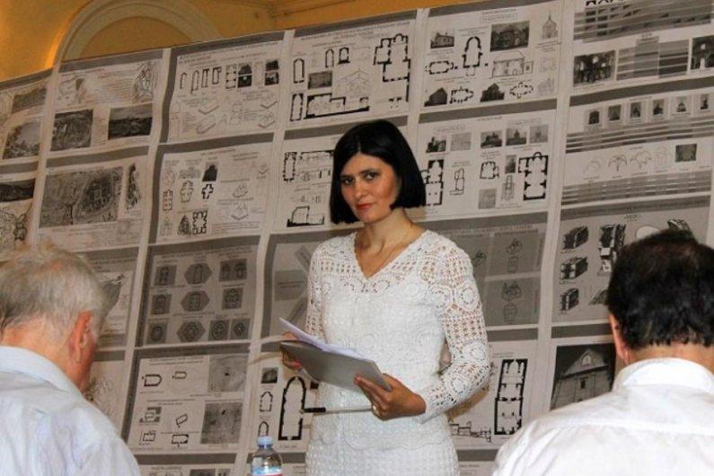 Հայկական Եկեղեցաշինութունը Ուկրաինայում՝ Հեղինակի Աչքերով