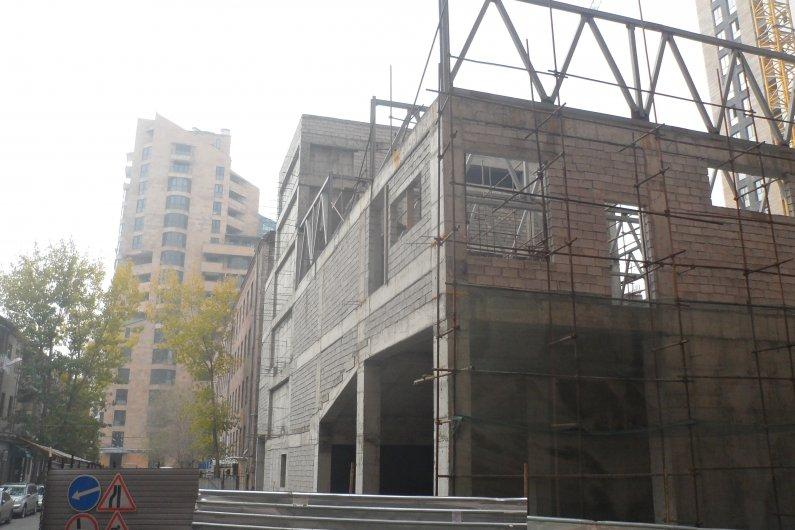 Համազգային Թատրոն․ ՀՀ Անկախության Ընթացքում Կառուցվող Թատրոնի Առաջին Շենքը