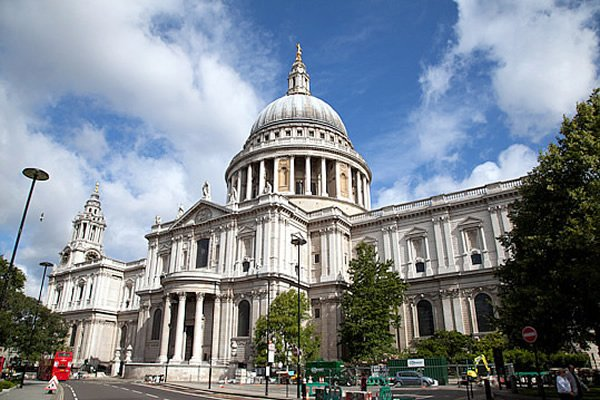 St Paul's Cathedral Restored to Glory
