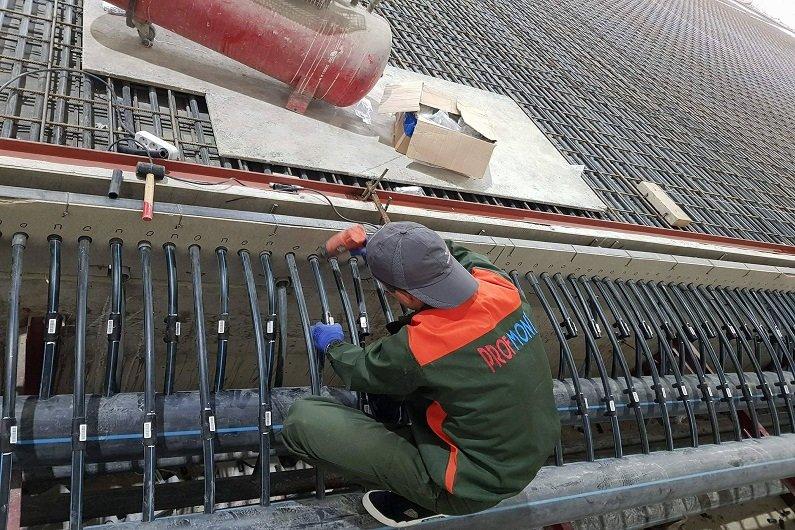 Սահադաշտի սառեցումն ապահովող խողովակների համակարգ