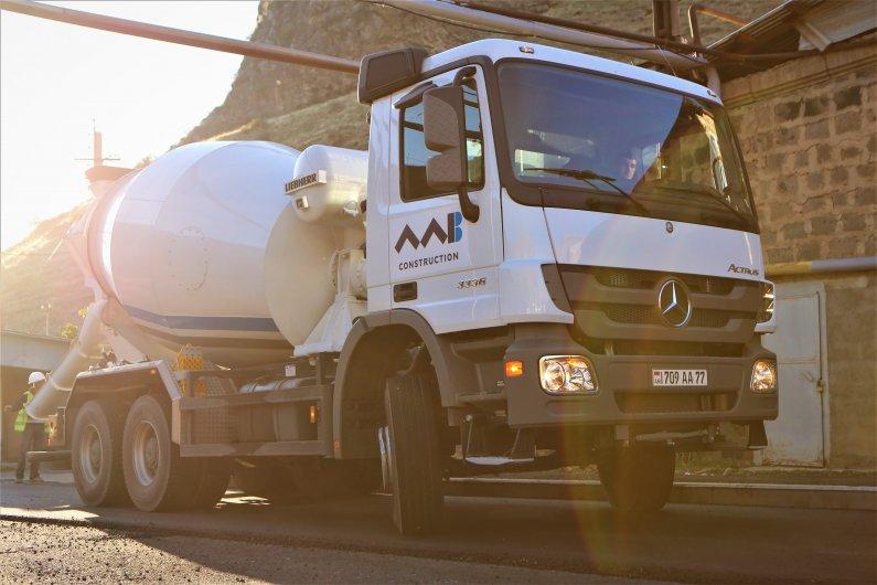 Mercedes Actros 3336 B Concrete mixer