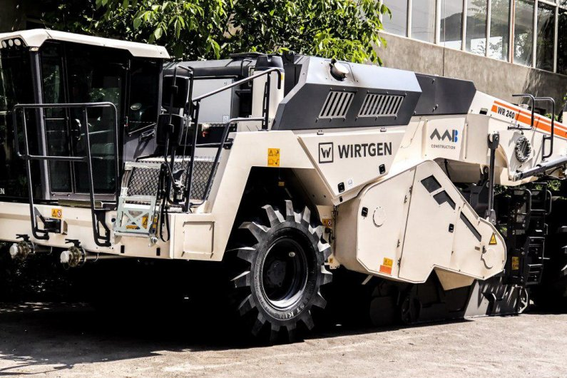 Wirtgen WR240 Cold Recycler and Soil Stabilizer