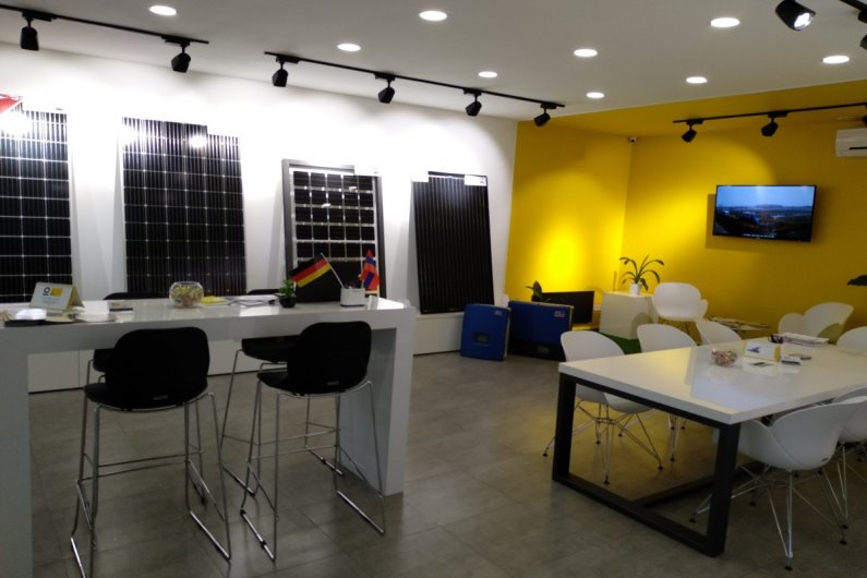 OHM ENERGY showroom