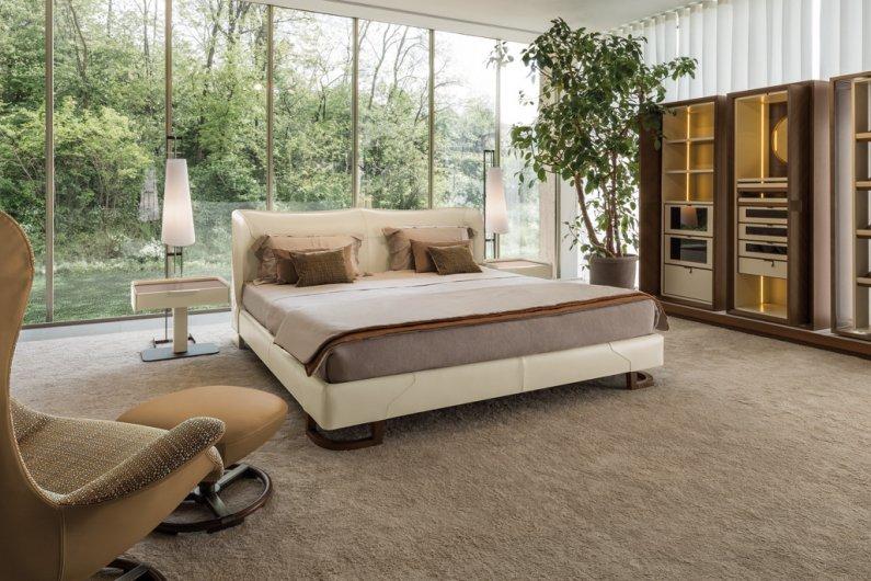 Giorgetti modern bed